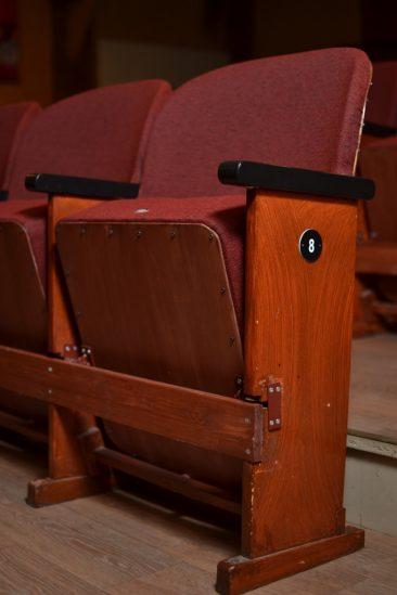Vanhat tuolit on entisöity
